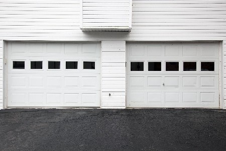 garage-door-white-windows