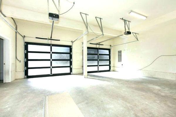 Garage door roller Track