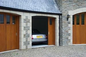 Slifing garage door in calgary